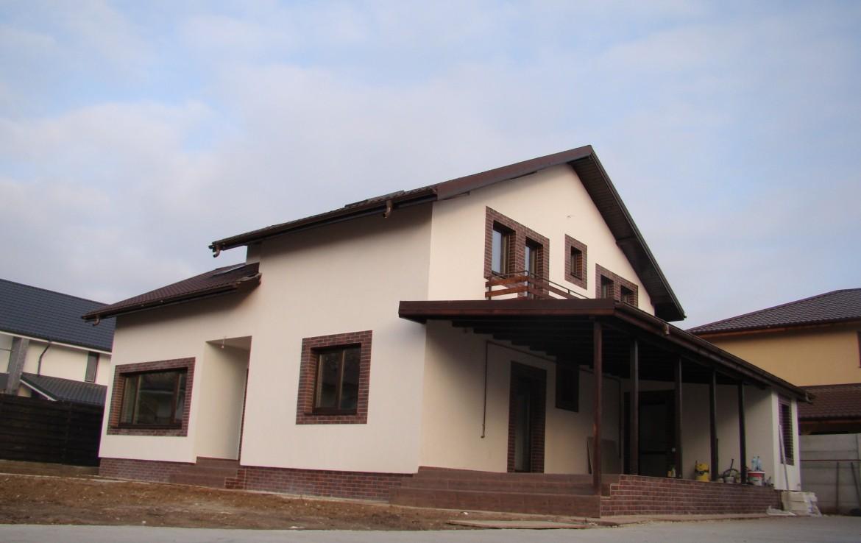 casa alpin balcoane