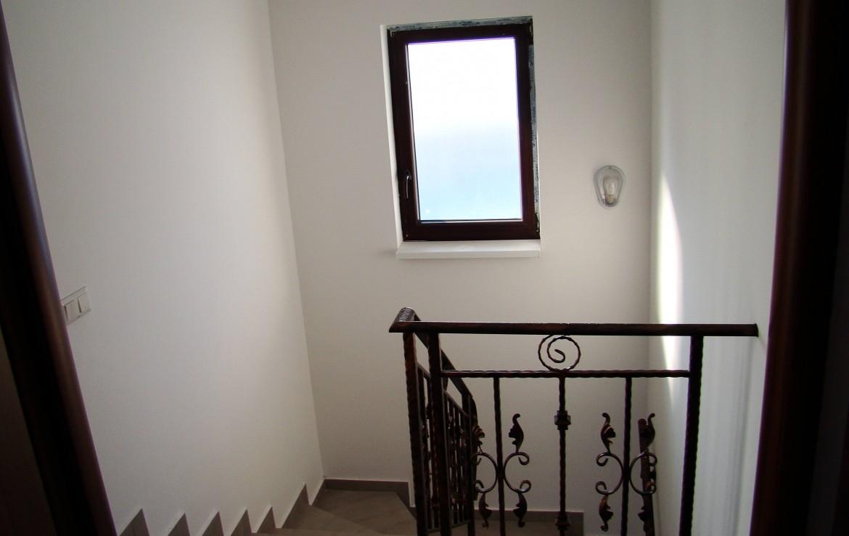 casa Joita 5 scari etaj