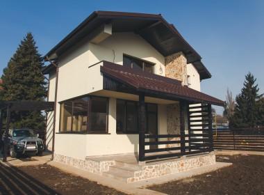Themis-curte-terasa-380x280 Vila Themis 2