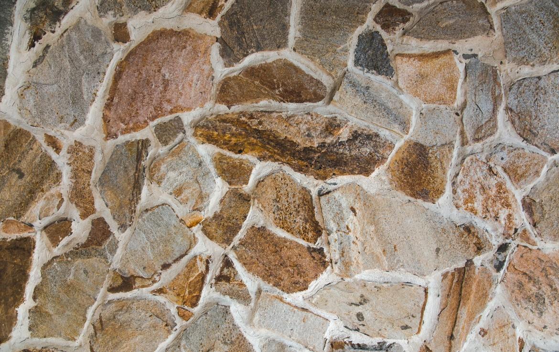 Themis detaliu piatra decorativa vila